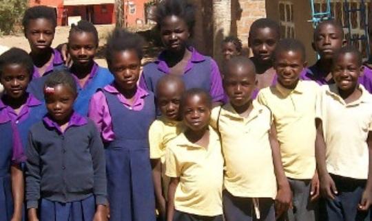 Group of PIZZ children