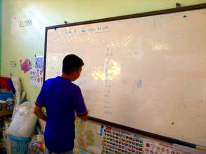 Learning the Burmese alphabet