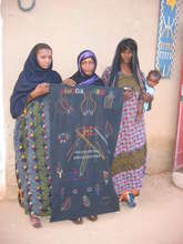 Wodaabe Artisans with embroidered shawl