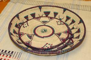 Straw platter created by FAHRA artisans