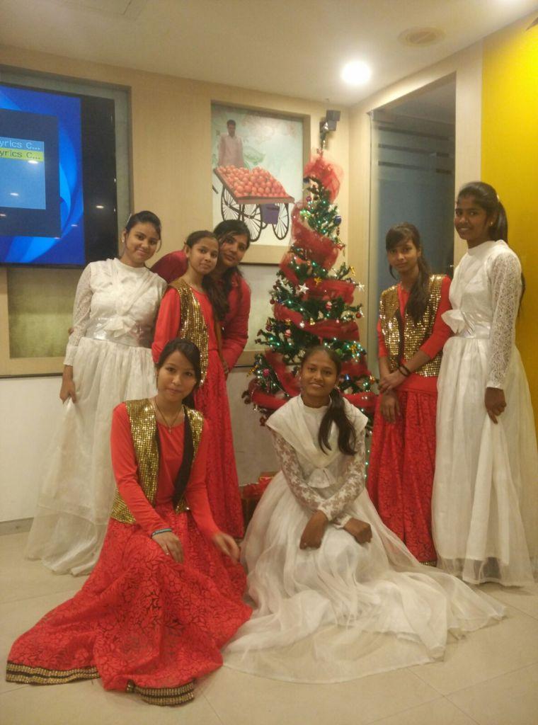 Students Students Celebrate Xmas