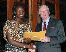 Josephine Kulea receives the Unsung Hero Award