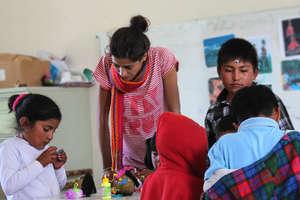 Children of San Martin in the workshop