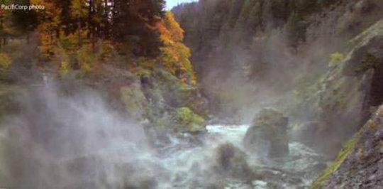 The White Salmon River roars free