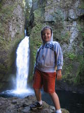Kids' Hike to Wahclella Falls