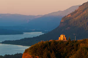 Vista House at Sunset, Columbia River Gorge, Ore.