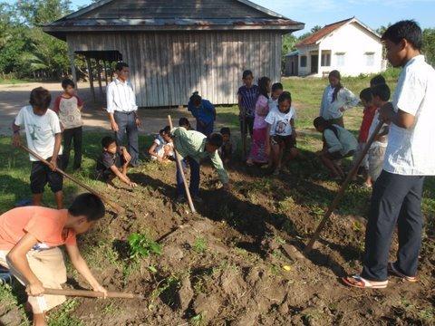 Raise Awareness to Protect Wildlife in Cambodia