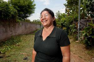 happy customer in El Salvador