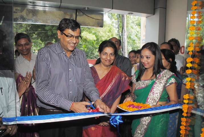 Ribbon Cutting Ceremony at Optical Store in Karnal