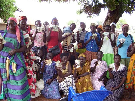 Empower 750 Ugandan rural women start businesses.