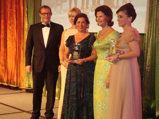 Receiving Mentor Award from the Queen of Sweeden!