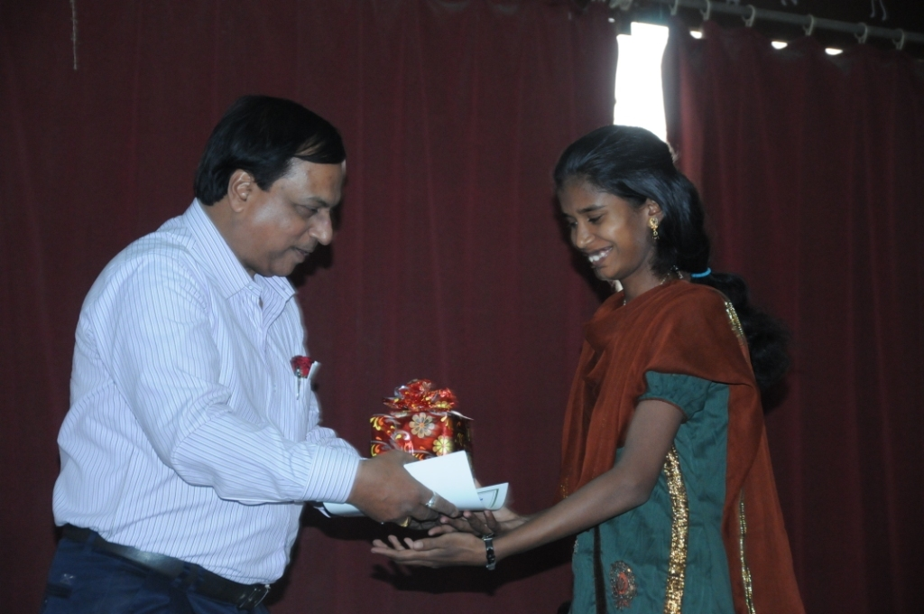 Felicitating achievers