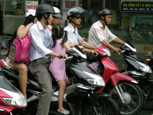 Make Child Helmets the Norm in Vietnam