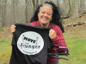 Marcy with her super-cool Move For Hunger t-shirt!