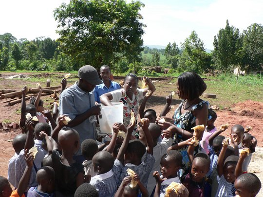 FEED AND EDUCATE 600 ORPHANS IN UGANDA FOR 1 YR