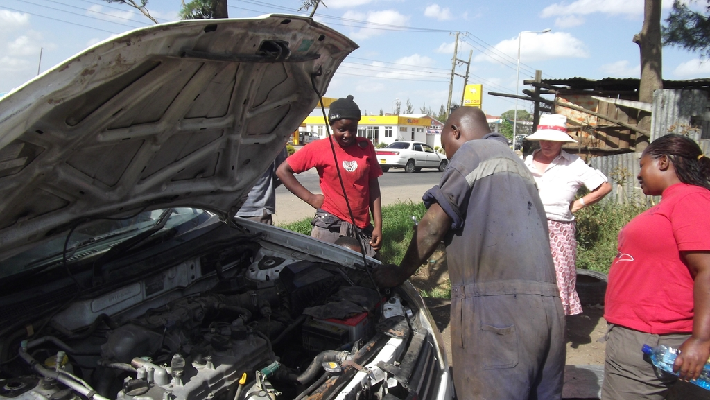 Girls Working as Mechanics Helps Boost Confidence