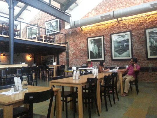 Cafe Zoe: Photos on walls are original building!