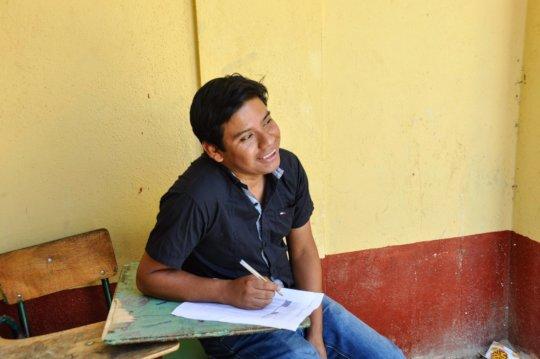 Tomas observes students' behavior at the school