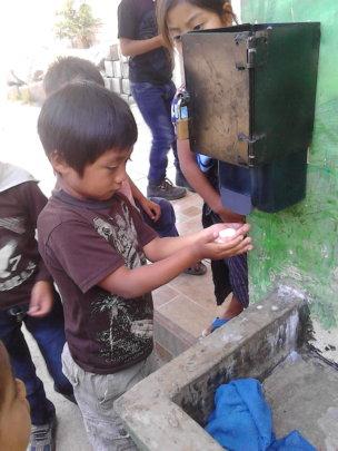 Monitoring and evaluating hand washing