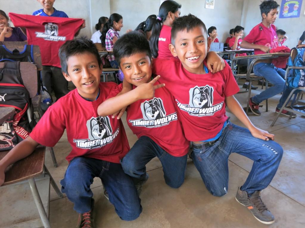 San Juan Mirador students with Trailside t-shirts