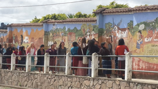 Learning about the Comalapa mural