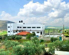 Kindergarten in Al Aqaba keeps village standing