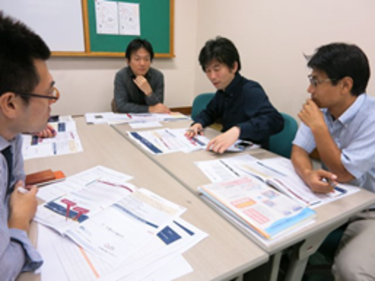 Hiroyuki Okada (far right) from AAR