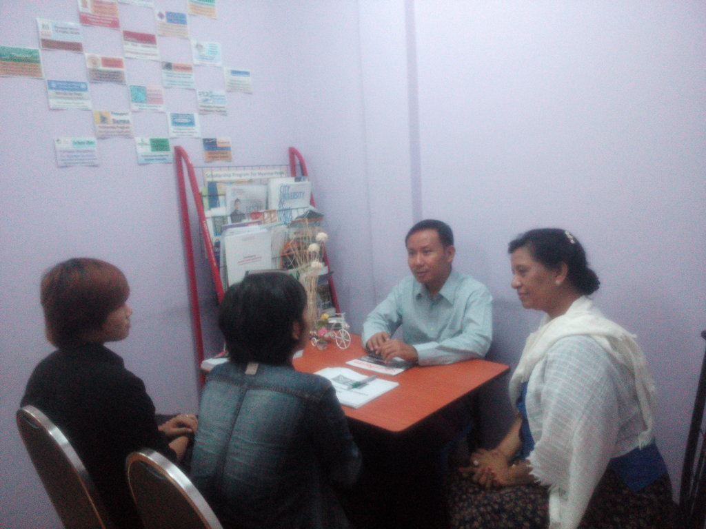 Consulting with Senior Program Manager of SSS