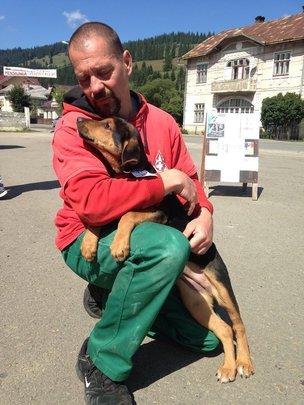 loving local brings in his best friend