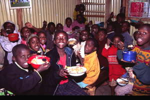 Children eating in SYSC's Centre