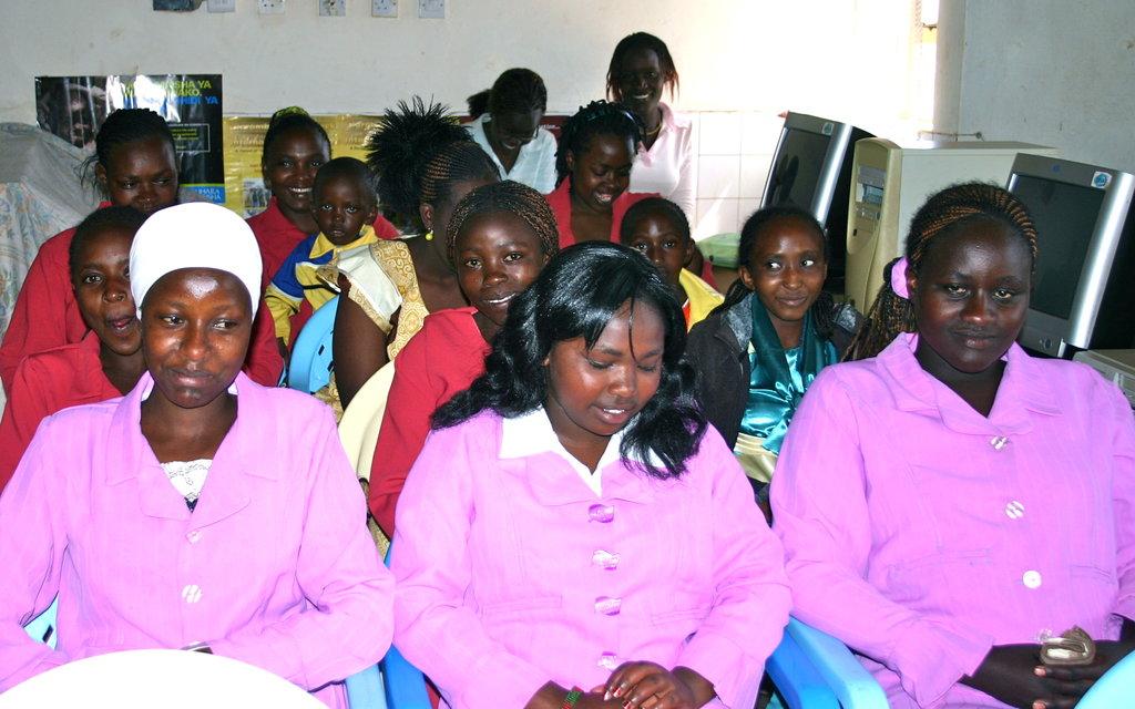 Provide Job Skills to Kenyan Slum Youth