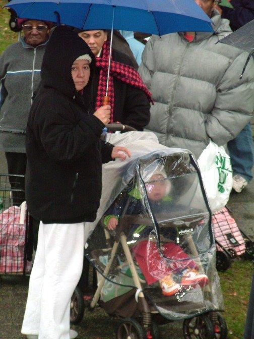 Famlies brought their Kids despite the rain.