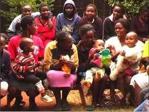 Women and their children in Kuwinda