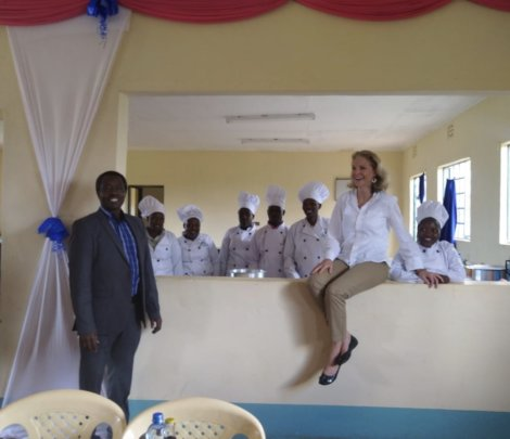 Mdr.Ntl.Ass. Biwot with Claire & catering trainees