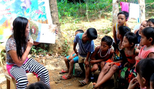 Give Books to Children in the Philippines