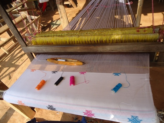 Progress in Khes (Limbu cloth) weaving training