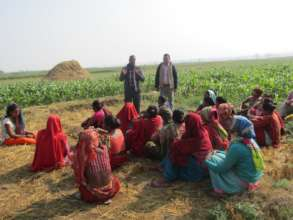 Explaining about communal farming in Women group
