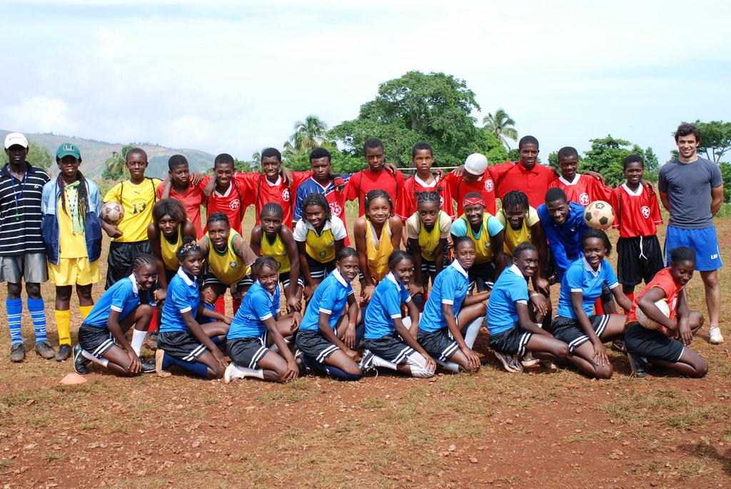 Soccer Program for 250 Youths in Haiti (HS4D)