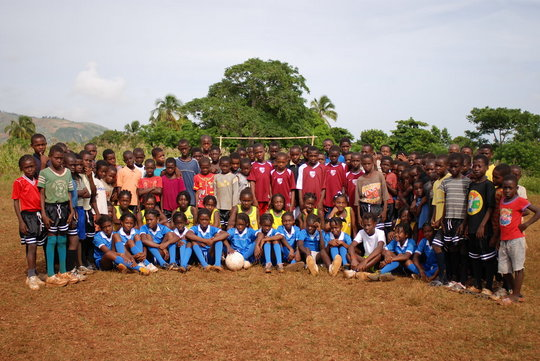 Soccer Program for 250 Youths in Haiti (HS4D)