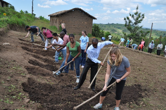 American students working alongside Ntenyo youths