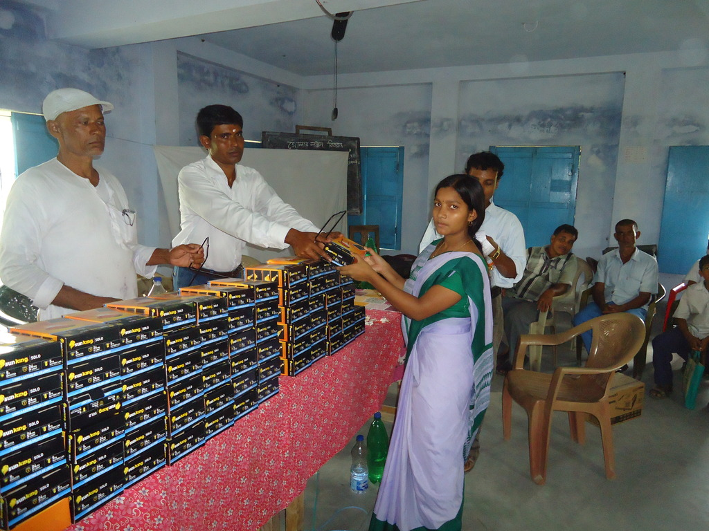 The Solar Lamps distribution ceremony
