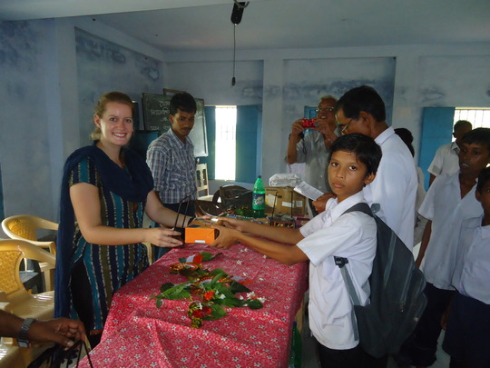 Genna, from Seattle USA, distributes a lamp