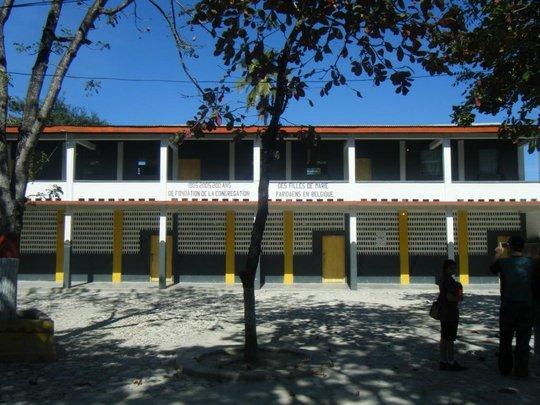 Saint Gabriel - School