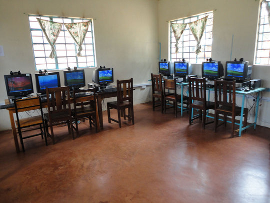 Computer Labs for the Blind and Visually Impaired