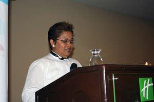 Xiomara Gonzalez gives a speech full of gratitude.