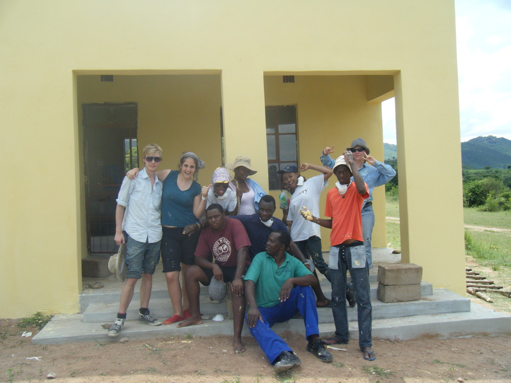 UWC students painting Cetjwayo Preschool.
