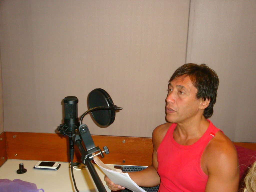 Fabian Gianola recording Ugly Duckling voice over