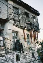 Skenduli neighbor shows great need for repairs
