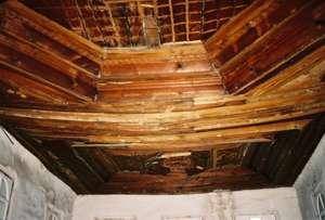 Cene's fear this ceiling beam will fail