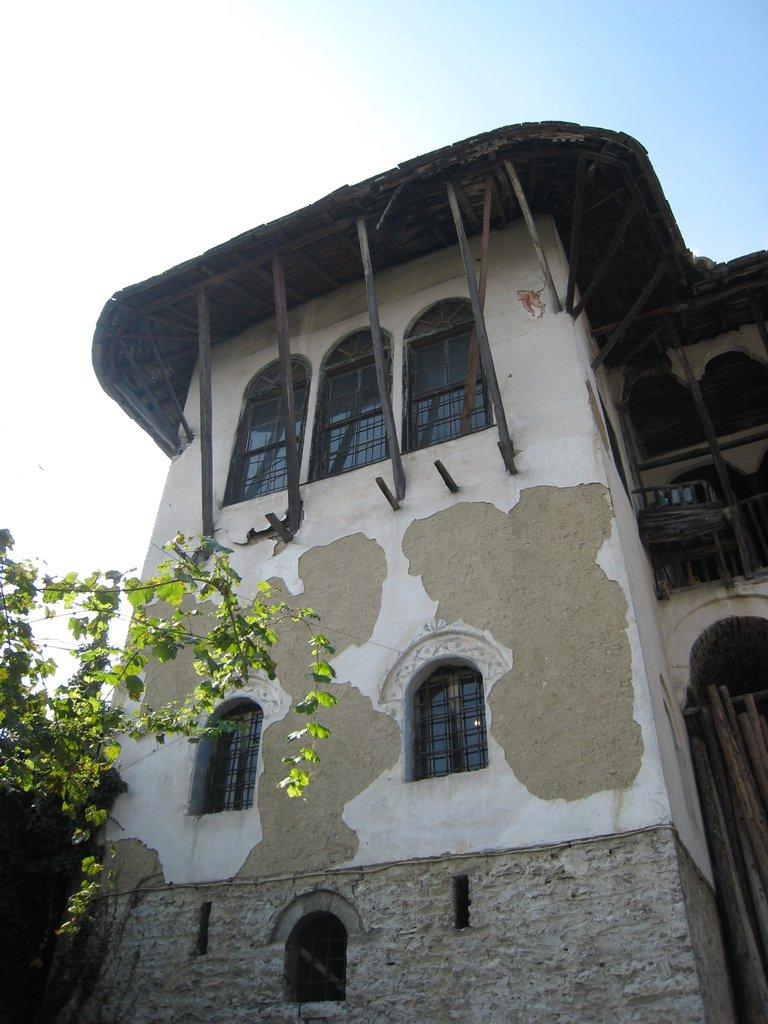 Restoration of plaster starts in September